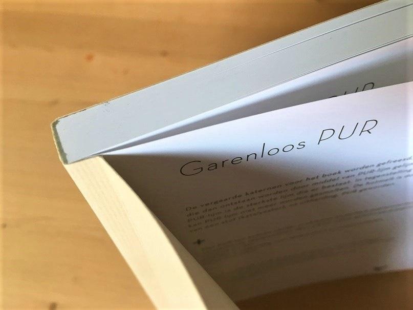 Garenloos PUR voor Softcover Boeken. Zo ziet de bindwijze er van bovenaf uit.