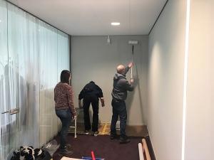 CONO Kaasmakers Airtex Behang. De muur wordt eerst voorgestreken ...