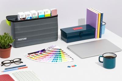 mijndrukker.nl Pantone Guide Studio - Bijzondere PMS-kleuren - Metallic Flueor - Neon